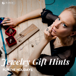 Need to know the jewelry gift hints for the holidays? Here are five of the best ideas that your customers might like.