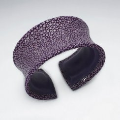 32 mm Width Purple Concave Stingray Bangle