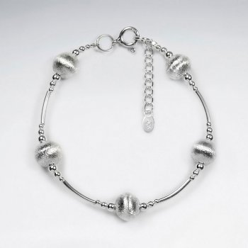 "7"" Thai Handmade Circle Charm Bracelet in Silver"