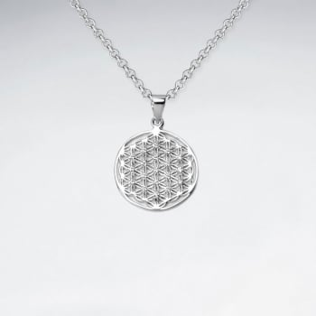925 Sterling Silver Cubic Zirconia Openwork Pattern Circle Pendant