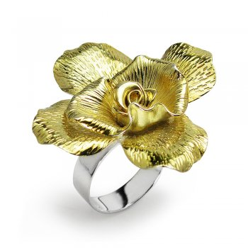 Gold Tone Fashion Flower Ring