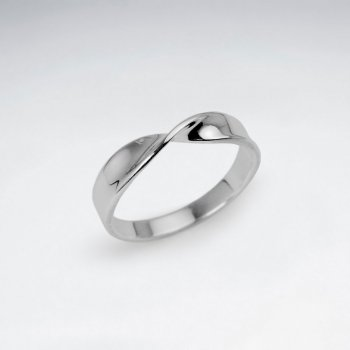 Graceful Sophistication Sterling Silver Ring