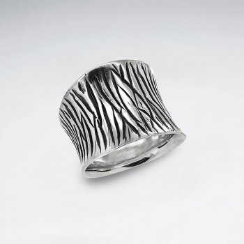 Oxidized Silver Engraved Lines Ring