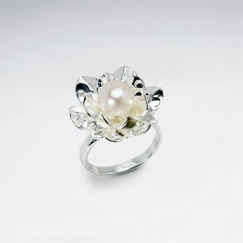 Sensational Sterling Silver Ring with Pearl Nestled in Flower Blossom