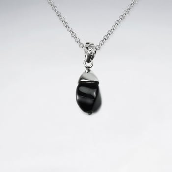 Sleek and Stylish Black Stone & Silver Pendant
