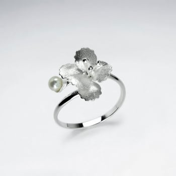 Sterling Silver Matte Polished Pearl Floral Ring